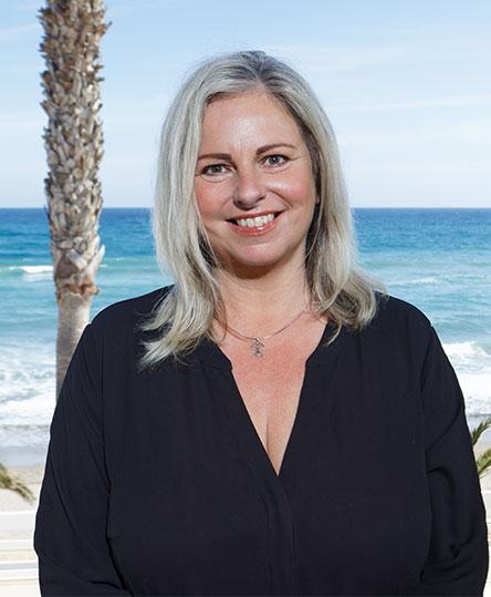 Rebecca Graham - Direktor