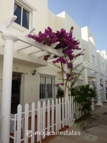 Town House In Garrucha Fuentemar Me 1400 95 000 Almeria Property